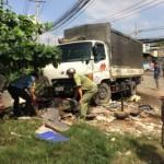 Người phụ nữ bị xe tải kéo lê 200m trên đường