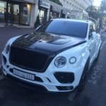 Ngắm xe siêu sang Bentley Bentayga độ Mansory trên phố