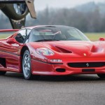 Bố ân hận vì lái siêu xe Ferrari F50 đâm hàng rào con trai chết