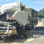 Xe tải phóng nhanh gây tai nạn kinh hoàng 10 người chết