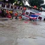 Video tàu chở 150 người bị chìm ở Thái Lan, 13 người chết