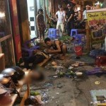 Xe Toyota Vios mất lái đâm vào quán ăn nhiều người bị thương