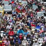 Việc hạn chế xe máy vào Hà Nội: Không phân biệt ngoại tỉnh