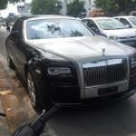 Dân mạng xôn xao về xe Rolls royce 40 tỷ bị bục bình xăng ở Hà Nội