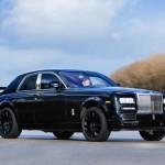 Xe siêu sang Rolls royce Cullinan là sedan gầm cao ?