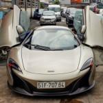 Siêu xe triệu đô McLaren 650S Spider MSO nẹt pô trên phố Sài Gòn