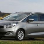 Xe gia đình Kia Carens 2017 được nâng cấp tiện nghi hơn