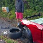 Xe Ford Mustang gặp tai nạn kinh hoàng nát từng mảnh