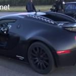 Siêu xe Bugatti Veyron xấu mặt khi đua thua MW M5 đời cổ