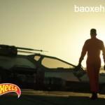 Siêu xe X-Wing Fighter trong phim xuất hiện trên đường phố