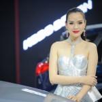 Dàn chân dài rất xinh đẹp trong triển lãm xe Vietnam Motor Show 2016