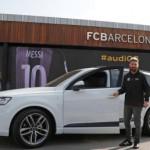 Cầu thủ đội bóng Barca được tặng xe sang SUV cỡ lớn Audi Q7