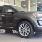 Xe sang Ford Explorer 2017 về đại lý chính hãng