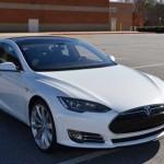 Giá đắt tương đương Tesla Model S bán chạy gấp 3 lần Mercedes S class