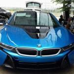 Siêu xe BMW i8 xanh ngọc bị tai nạn và không sửa chữa