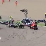 Góc cua khiến 13 tay đua siêu xe mô tô bị ngã
