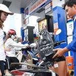 Giá xăng A92 tăng hơn 400 đồng/lít