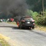 Xe Hyundai Santafe bị cháy trơ khung sắt ở Hà Giang