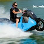 Biski xe mô tô lưỡng cư chạy cả trên cạn và dưới nước