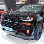 Xe bán tải khổng lồ Chevrolet Silverado Midnight ra mắt Việt Nam