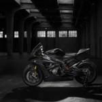 Siêu xe mô tô BMW HP4 carbon lộ ảnh