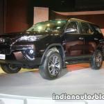 Sau 3 tuần ra mắt ở Ấn Độ Toyota Fortuner 2016 có 5400 người đặt mua