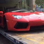Cảm giác lái siêu xe Lamborghini Aventador mui trần thế nào ?