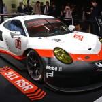 Ngắm chi tiết siêu xe thể thao Porsche 911 RSR
