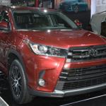 Toyota Highlander 2017 bản nâng cấp giá rẻ hơn từ 700 triệu đồng