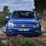 Xe bán tải Volkswagen Amarok giá bán khởi điểm từ 920 triệu đồng