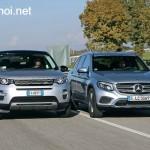 So sánh Mercedes GLC 300 AMG và Land rover Discovery xe nào hơn ?