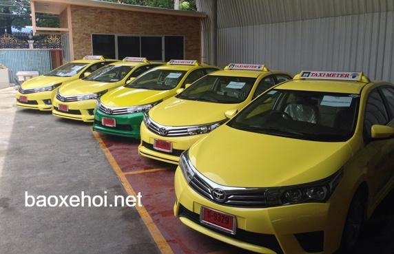 xe-taxi-thai-lan-dap