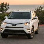 Xe SUV cỡ nhỏ Toyota RAV4 2017 giá rẻ từ 550 triệu đồng