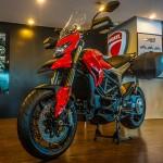 Mua siêu xe mô tô Ducati nhận nhiều khuyến mãi