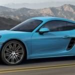 Siêu xe Porsche 718 Cayman S đọ sức cùng dàn máy bay điều khiển