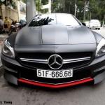 Choáng dàn siêu xe khủng của đại gia trên phố Việt