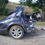 Xe chở đá sang đường bị xe SUV đâm ngang gây tai nạn kinh hoàng