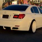 Xe sang BMW 750 Li độ toàn màu trắng