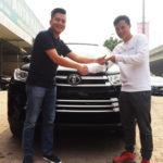 Phạm Thành Lương mua xe Toyota Highlander 2017