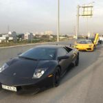 Dàn siêu xe đẹp xuất hiện trên cao tốc