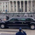 Đầu năm 2018 tổng thống Mỹ Donald Trump mới đổi Limousine mới ?