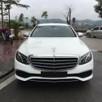 Xe sang Mercedes E200 và Ford Explorer 2017 về Lào Cai liền lúc