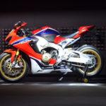 Siêu xe mô tô Honda CBR1000RR 2017 công bố giá bán