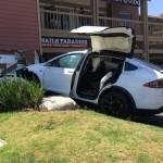 Công nghệ dự đoán tai nạn trước của xe Tesla
