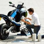 Đáng nể sinh viên tự chế tạo siêu xe mô tô điện hiện đại