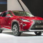 Toyota và Lexus Việt Nam giảm giá nhiều mẫu xe