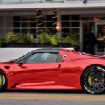 Siêu xe Porsche 918 Spyder độ vỏ chrome màu đỏ độc nhất