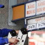 Giá xăng giảm 80 đồng chiều nay
