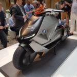 Siêu xe máy tay ga BMW Concept Link cực sang trọng