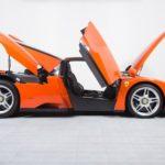 Siêu xe Ferrari Enzo dùng 15 năm bán giá 4 triệu đô